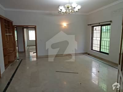 F11 Beautiful 5 Bed Rooms 1 Kanal Independent House Available For Rent Real Pics Are Attached