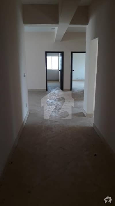 E . 11.4 penthouse available on responsible price