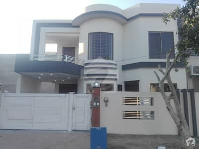 House Is Available On Good Location `