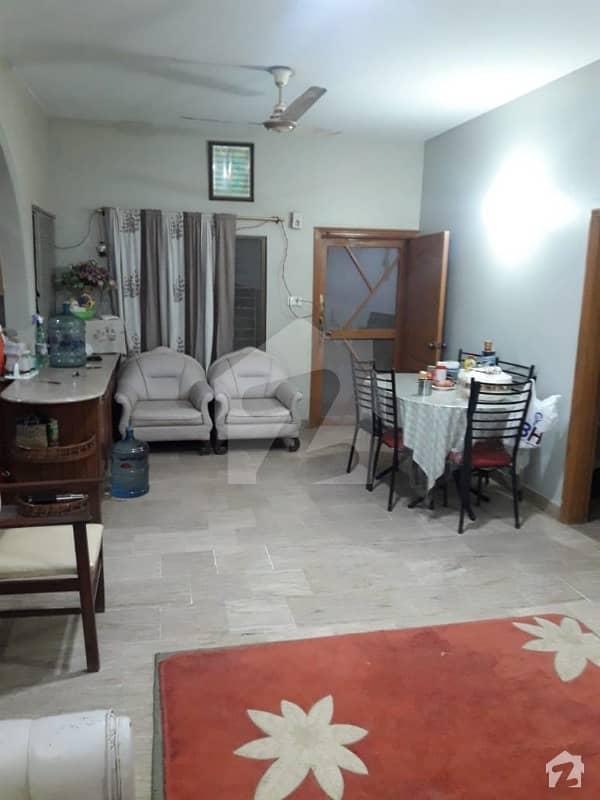 گلستانِِ جوہر ۔ بلاک 12 گلستانِ جوہر کراچی میں 6 کمروں کا 10 مرلہ مکان 3.4 کروڑ میں برائے فروخت۔