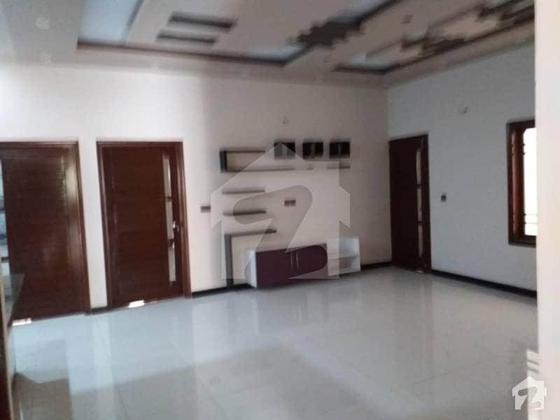 گلستانِِ جوہر ۔ بلاک 17 گلستانِ جوہر کراچی میں 4 کمروں کا 13 مرلہ مکان 2.5 کروڑ میں برائے فروخت۔