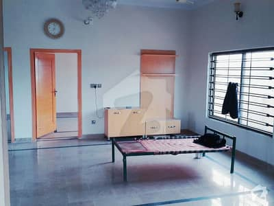 2 Bed Ideal Portion Available For Rent In Islamabad B-17