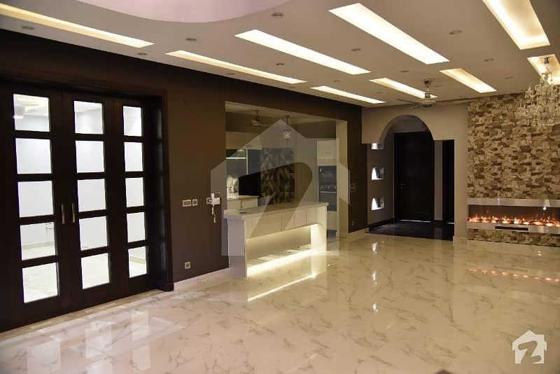 ڈی ایچ اے فیز 2 - سیکٹر ڈی ڈی ایچ اے ڈیفینس فیز 2 ڈی ایچ اے ڈیفینس اسلام آباد میں 5 کمروں کا 1 کنال مکان 4.9 کروڑ میں برائے فروخت۔