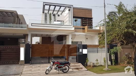 10 Marla Luxury Solid Constructed House In Most Prime Location Near Mosque Park  Commercial Area In Very Reasonable Price From Market In A Very Peaceful Atmosphere In Phase 8 DHA Lahore