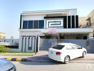 Elegant 1 Kanal Brand New House For Sale At Boulevard