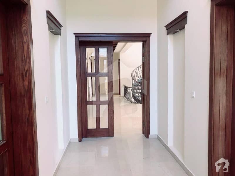 F-7 8 Bedroom House For Sale