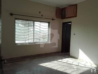 جی ۔ 6/3 جی ۔ 6 اسلام آباد میں 2 کمروں کا 9 مرلہ زیریں پورشن 55 ہزار میں کرایہ پر دستیاب ہے۔