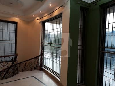 DHA 1 Kanal Awesome Upper Portion Lower Lock For Rent In Phase 4