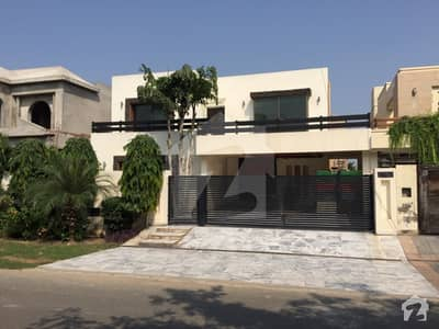 1 Kanal Ultimate In Style And Elegance With Spectacular Architecture House In Phase 5 Near Jalal Sons Park