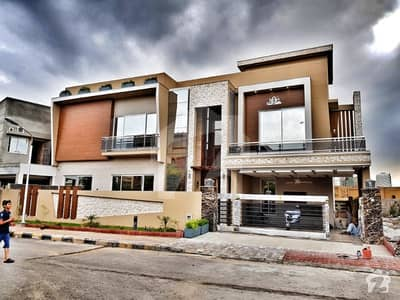 1 kanal designer house buyers can visit our dream home once at main globe chowk phase 7 before buying any house