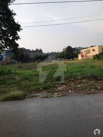 6 Kanal Plot Rare Option Y Block 50 Road Near Park Top Location
