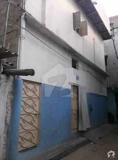 گوليمار کراچی میں 5 کمروں کا 4 مرلہ مکان 65 لاکھ میں برائے فروخت۔