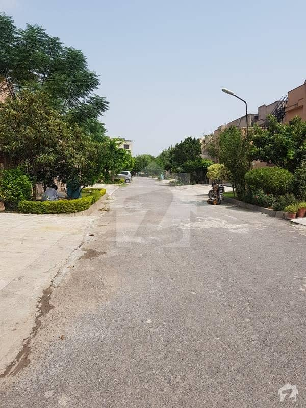 Facing Park 4 Bedroom House For Sale