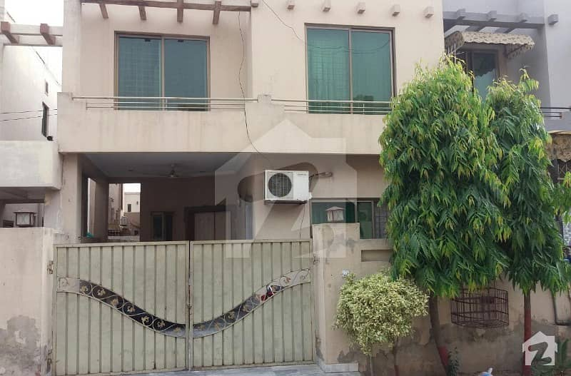 Prime Location 6 Marla Double Storey House Available For Sale In Punjab Coop Housing Society Block E