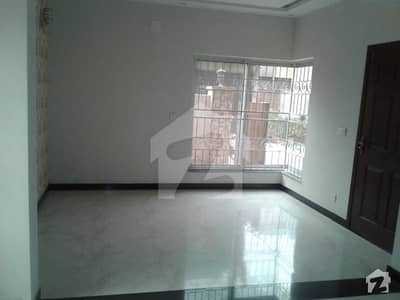 10 MARLA BRAND NEW SEPARATE  PORTION AVAILABLEIqbal Avenue Ph3