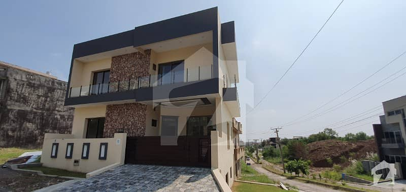 New  Stylish Built 5 Marla House For Sale Best Quality Block G
