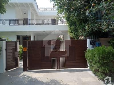 DHA PHASE 3 BLOCK X 1 KANAL HOUSE NEAR HKB Y BLOCK FOR RENT