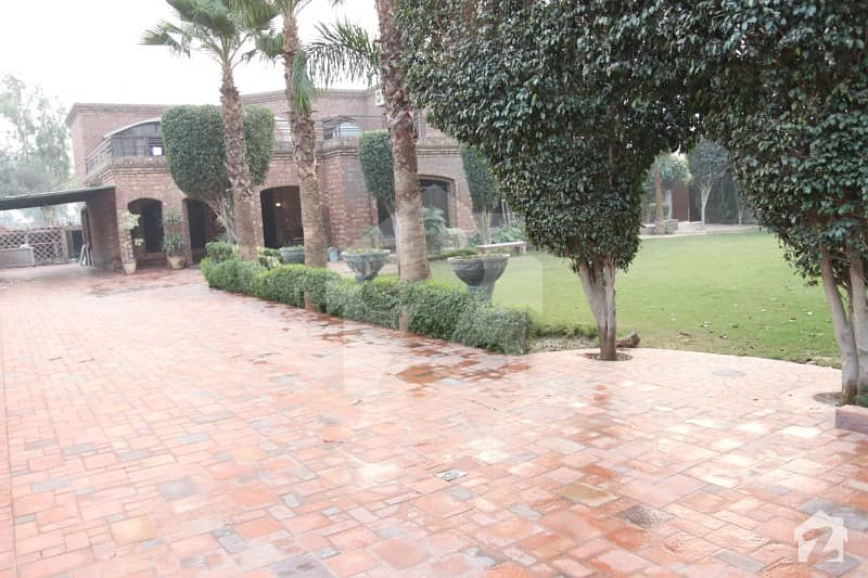 4 Kanal Luxurious House For Sale With Swimming Pool