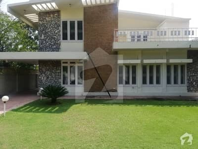 12 Bedrooms Old House For Rent In F-6