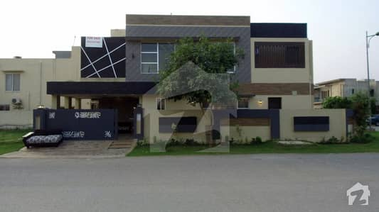 11. 76 Marla Bungalow For Sale In A Block Of DHA Phase 6 Lahore