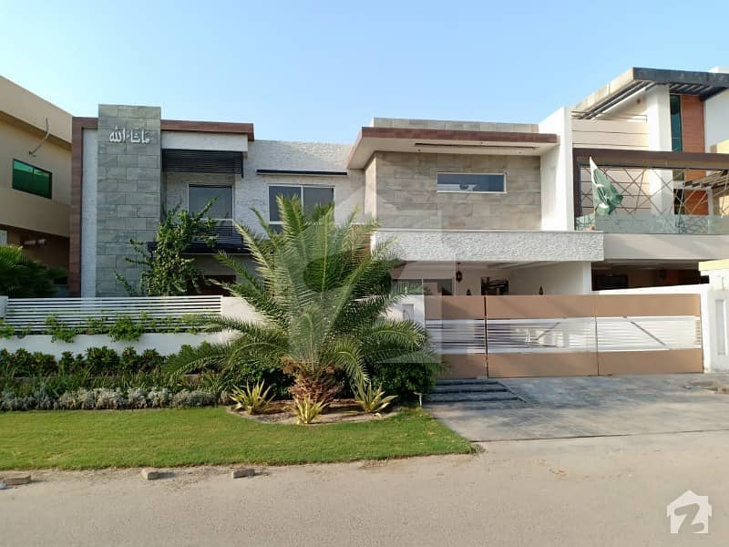 Luxury Brand New 1 Kanal House Is Available For Sale