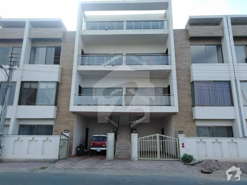Commercial Flat Is Available For Rent