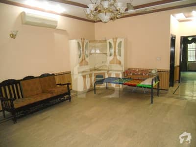 10 Marla Well Maintained House Is Available For Sale