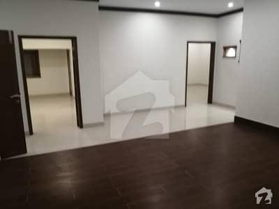 ڈی ایچ اے فیز 7 ڈی ایچ اے کراچی میں 4 کمروں کا 12 مرلہ مکان 6 کروڑ میں برائے فروخت۔