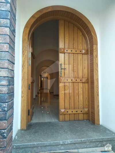 500 Sq Yard Bungalow  For Sale 2+3 Bedrooms With Basement Defence Phase VI Karachi