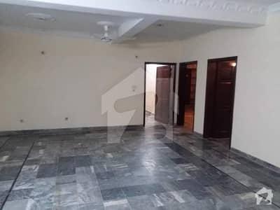 حیات آباد فیز 3 حیات آباد پشاور میں 6 کمروں کا 10 مرلہ مکان 50 ہزار میں کرایہ پر دستیاب ہے۔