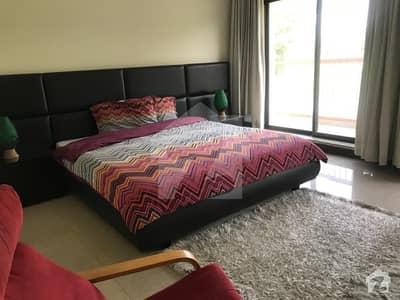 ڈی ایچ اے فیز 6 - بلاک کے فیز 6 ڈیفنس (ڈی ایچ اے) لاہور میں 5 کمروں کا 1 کنال مکان 2.5 لاکھ میں کرایہ پر دستیاب ہے۔