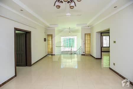 10 Marla Full House Is Available For Rent In Bahria Town