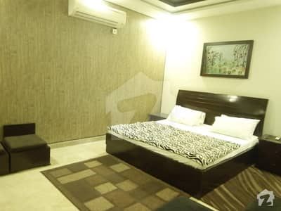 4 MARLA fully furnished apartment in dha phase 5 near jalal SONS SHORT AUR LONG TIME