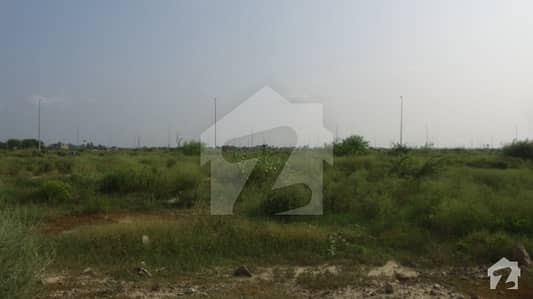 Unique 6 Kanal Residential Possession Option On 70 Feet Road