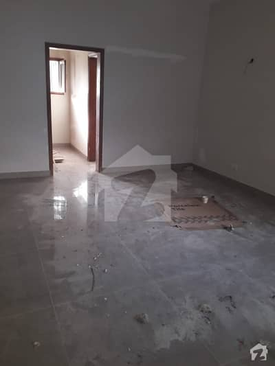 700 Yards Bungalow for Commercial Use  Newly Renovated in Clifton Block 4