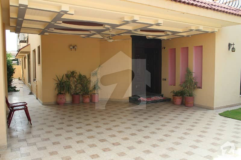 One Kanal House For Rent In Immaculate Condition In Block Dd Phase 4