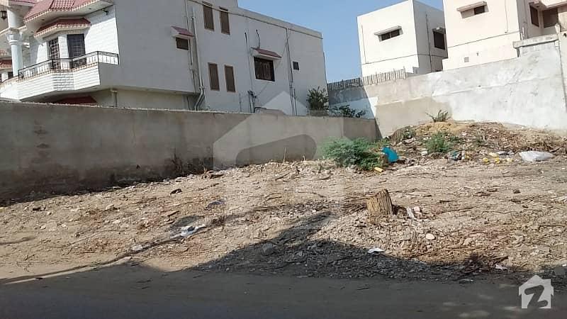 گلستانِِ جوہر ۔ بلاک 16 گلستانِ جوہر کراچی میں 12 مرلہ رہائشی پلاٹ 2.95 کروڑ میں برائے فروخت۔