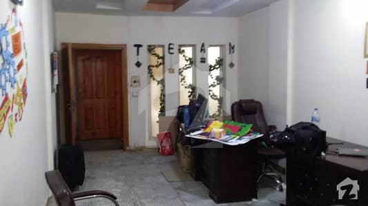 2 Beautiful Studio Apartment For Sale In Pwd Road