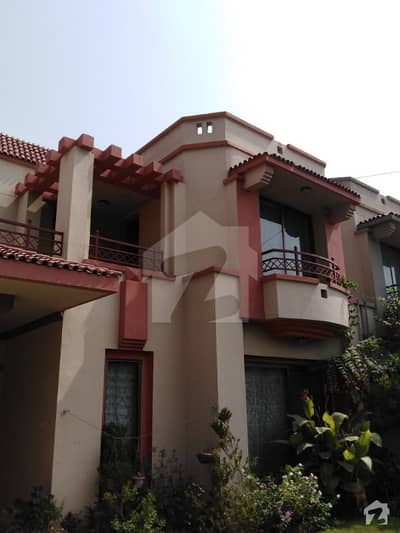 12 Marla Beautiful House Available For Sale