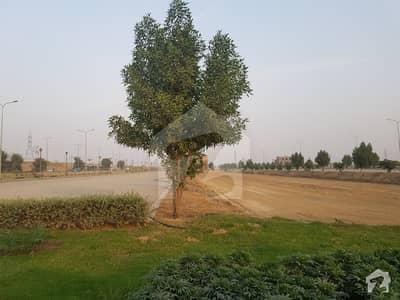 جوبلی ٹاؤن ۔ بلاک ایف جوبلی ٹاؤن لاہور میں 10 مرلہ رہائشی پلاٹ 90 لاکھ میں برائے فروخت۔