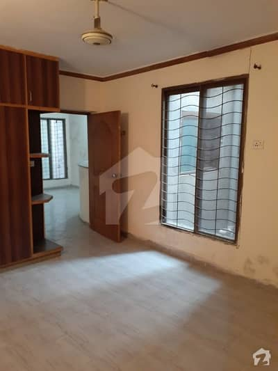 family flat in super town main DHA road. 2 bed's TV kitchen fully Marble