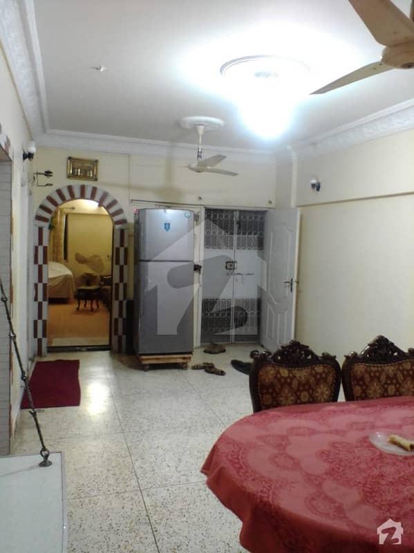 ایم اے جناح روڈ کراچی میں 6 مرلہ فلیٹ 1.6 کروڑ میں برائے فروخت۔