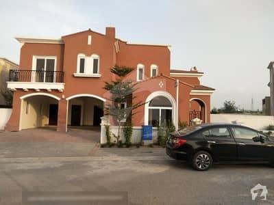 A beautiful 1.5 Kanal  5 bed  Villa in Mirador