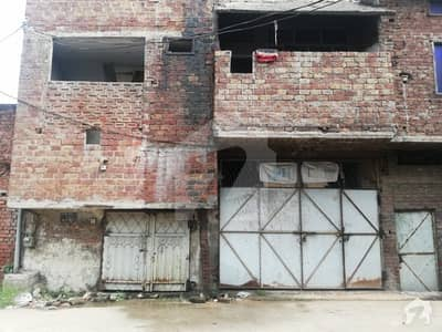 1 Kanal Commercial Building Is Available For Sale On Sialkot Road Gujranwala