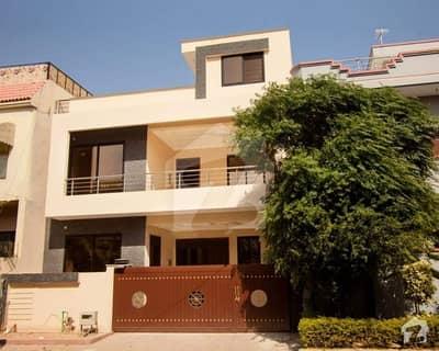 i10-4(30*60) house with extra land