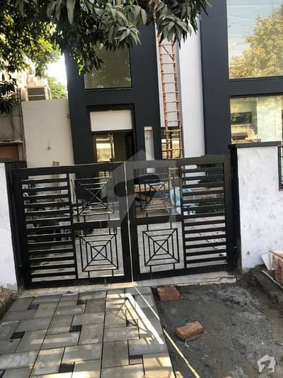 Gulberg 1 Kanal 3 Storey Building Is Available For Sale Clinic Paid
