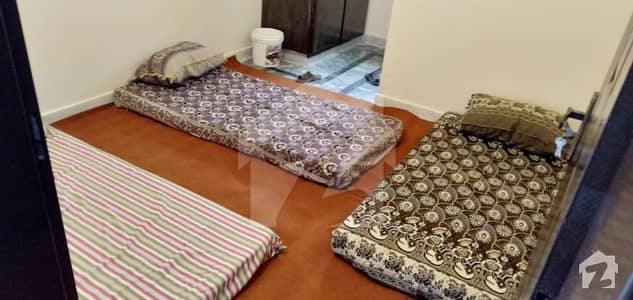 Ehsan Hostel    Room Is Available For Rent