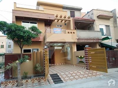 ملٹری اکاؤنٹس سوسائٹی ۔ بلاک ڈی ملٹری اکاؤنٹس ہاؤسنگ سوسائٹی لاہور میں 6 کمروں کا 8 مرلہ مکان 1.66 کروڑ میں برائے فروخت۔