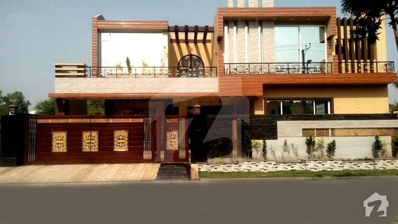 1 Kanal Brand New Designer House For Sale In Model Town K Block