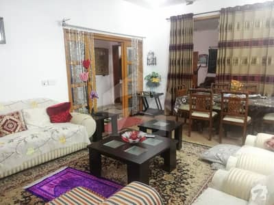UPPER PORTION 5 MARLA HOUSE RENT IN BLOCK A